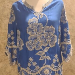 Solitaire embroidered top